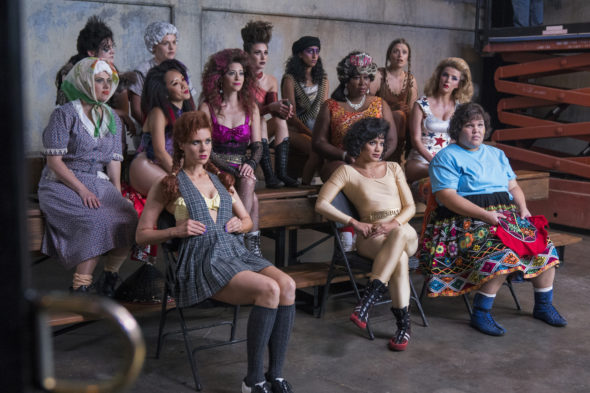 GLOW TV show on Netflix: canceled or season 3? (release date); Vulture Watch