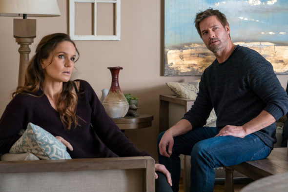 Colony TV show on USA Network: canceled, no season 4 (canceled or renewed?); PICTURED: Sarah Wayne Callies as Katie Bowman, Josh Holloway as Will Bowman