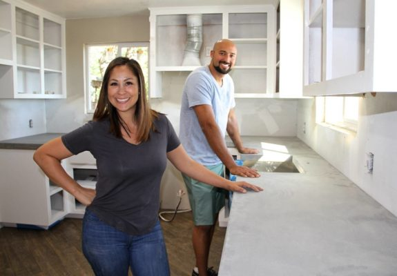 Rustic Rehab TV show on HGTV: (canceled or renewed?)