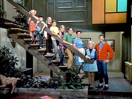 'Brady Bunch House' In Studio City Goes Up For Sale