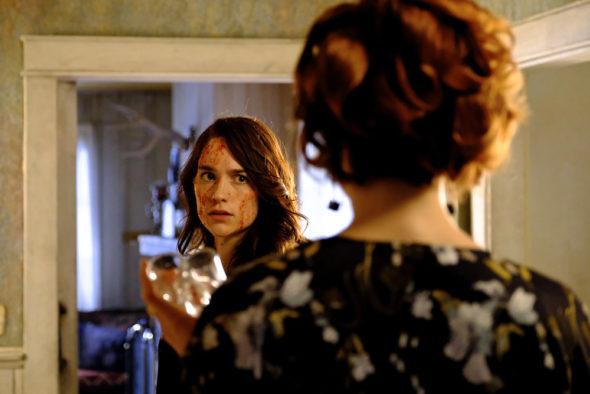 Wynonna Earp TV show on Syfy: season 3 viewer votes episode ratings (cancel or renew season 4?)
