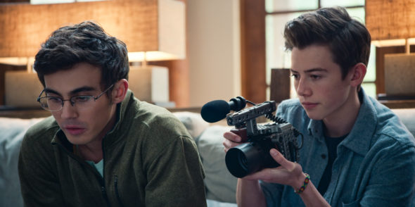 American Vandal TV show on Netflix: canceled or season 3? (release date); Vulture Watch