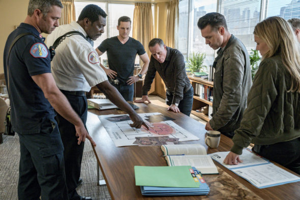 Chicago PD TV show on NBC: Season 6 viewer votes (cancel or renew season 7?)