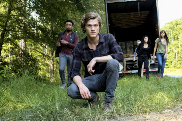MacGyver TV show on CBS: canceled or season 4? (release date); Vulture Watch