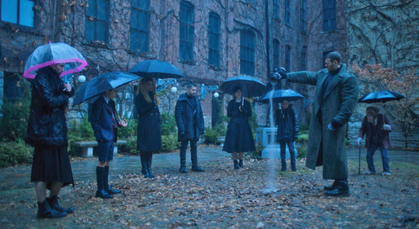 Umbrella Academy TV show on Netflix: (canceled or renewed?)