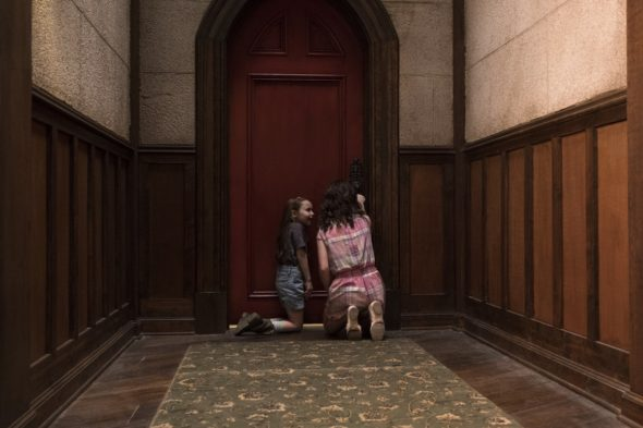 The Haunting of Hill House TV show on Netflix renewed for season two