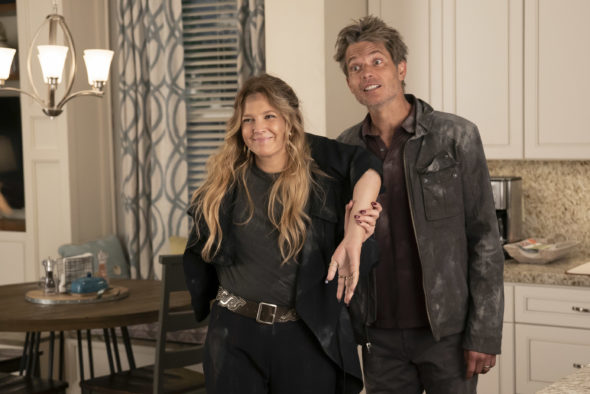 Santa Clarita Diet TV show on Netflix: canceled or season 4? (release date); Vulture Watch