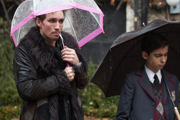 The Umbrella Academy TV show on Netflix: season 2 renewal (canceled or renewed?)