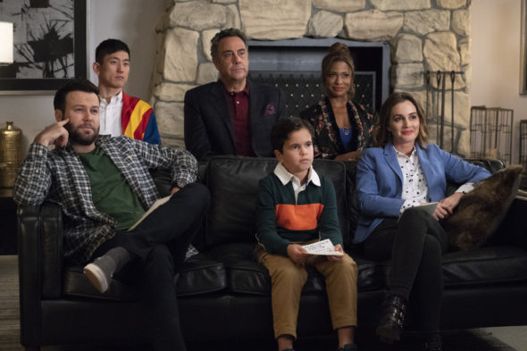 Single Parents TV show on ABC: season 2 renewal for 2019-20 television season
