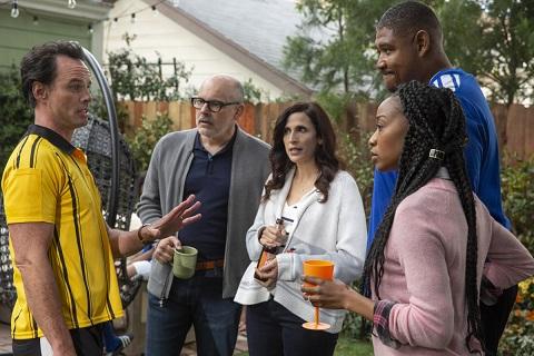 The Unicorn TV show on CBS: (canceled or renewed?)