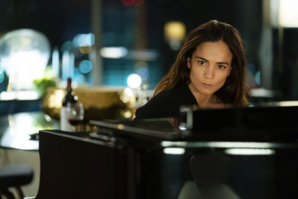 Queen of the South TV show on USA: Season 4 Viewer Votes (cancel or renew season 5?)