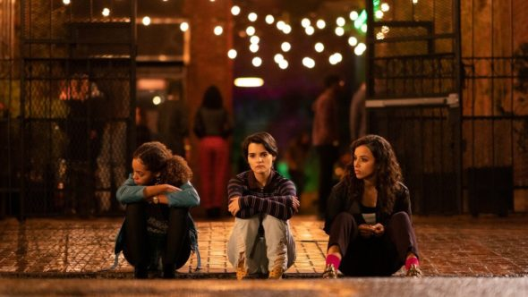 Trinkets TV show on Netflix: (canceled or renewed?)