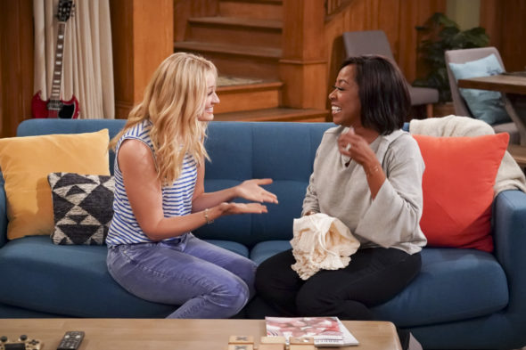 The Neighborhood TV show on CBS: viewer votes (canceled or renewed for season 3?)