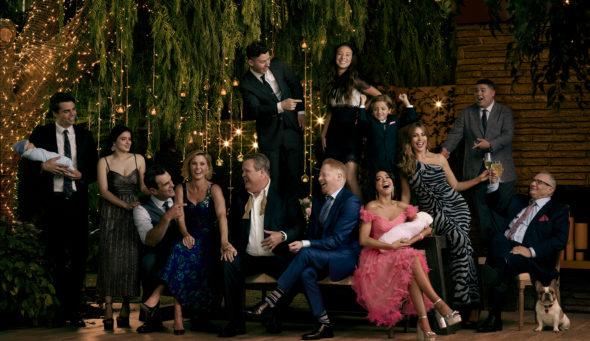 Modern Family TV show on ABC: canceled? renewed for season 12?