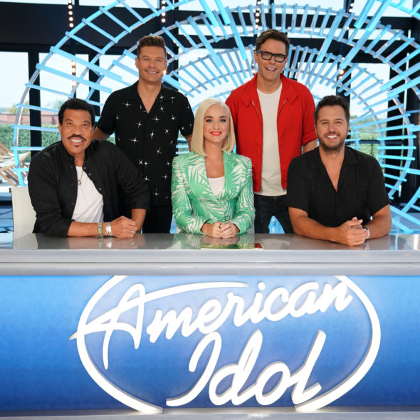 Review: The Finale of 'American Idol' Was a Glorious Mess ...