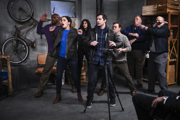 Brooklyn Nine-Nine TV show on NBC: season 8 renewal