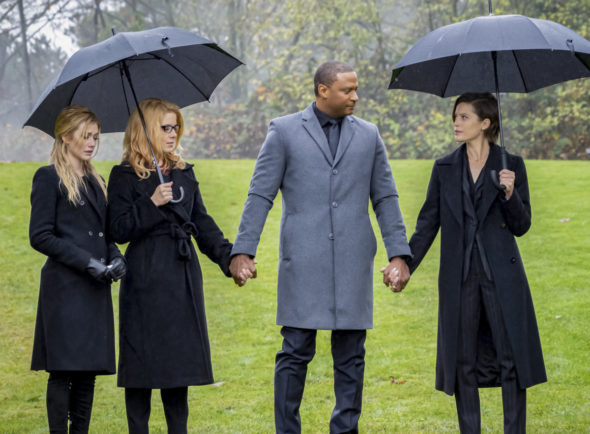 Arrow TV Show on The CW: canceled or renewed?