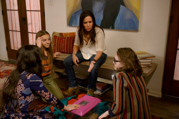 Better Things on FX: cancelled? season five? (release date ...