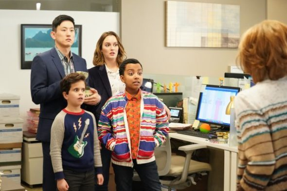 Single Parents TV show on ABC: (canceled or renewed?)