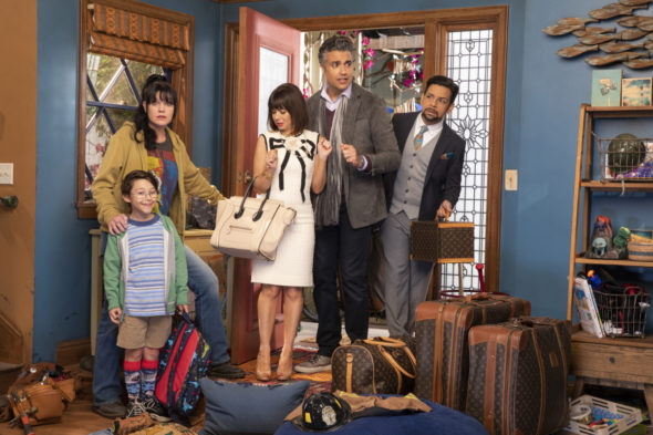 Broke TV show on CBS: canceled or renewed?