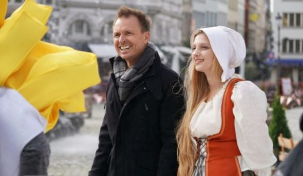 The Amazing Race TV show on CBS: (canceled or renewed?)
