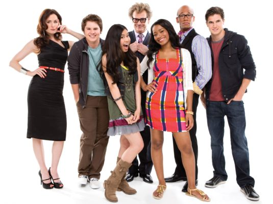 True Jackson VP TV show on Nickelodeon: (canceled or renewed?)