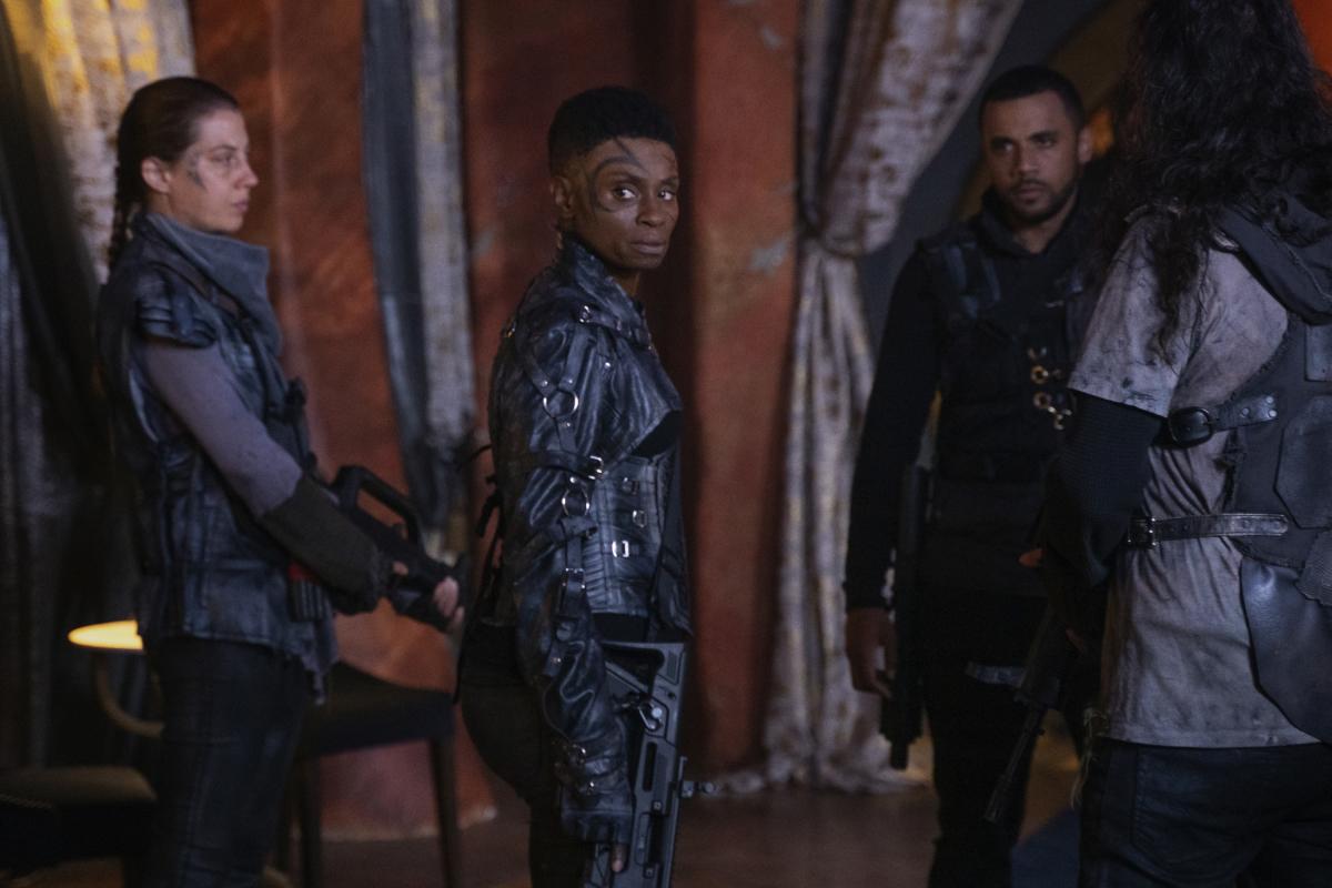 Os 100 programas de TV da CW: Votos da 7ª Temporada - cancelados + renovados 6