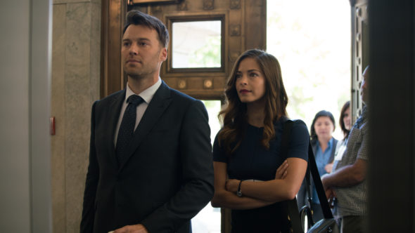 Burden of Truth TV show on The CW: canceled or renewed for season 4?