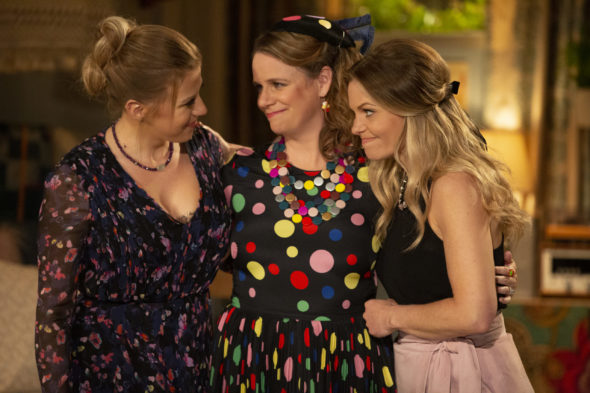 Fuller House TV Show on Netflix: canceled or renewed?