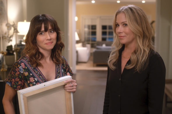 Dead to me TV show on Netflix: season 3 renewal, no season 4