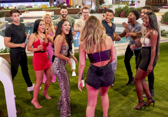 Love Island TV show on CBS: canceled or renewed for season 3?