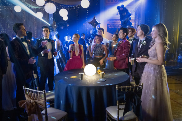Riverdale TV show on The CW: canceled or renewed for season 6?