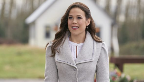 When Calls the Heart TV show on Hallmark Channel: canceled or renewed for season 9?