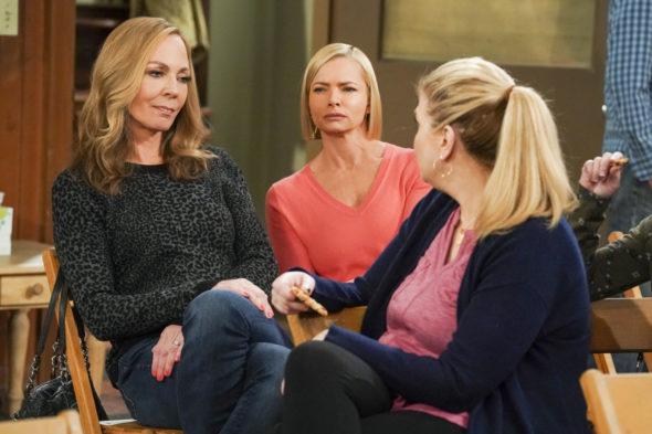 Programa de televisión Mom en CBS: cancelado, no temporada 9