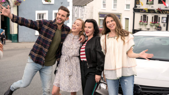 Younger TV show on Paramount+: (canceled or renewed?)