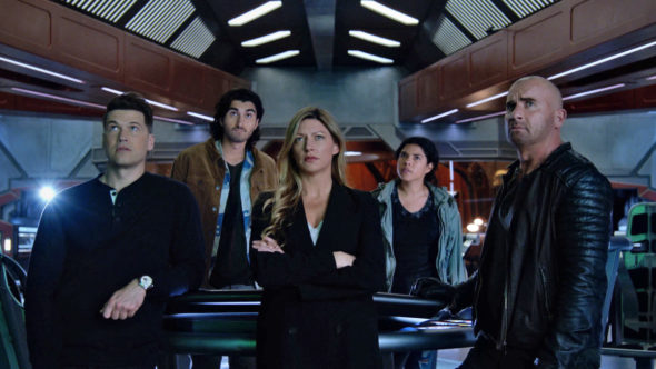 DC's Legends of Tomorrow TV show on The CW: canceled or renewed for season 7?