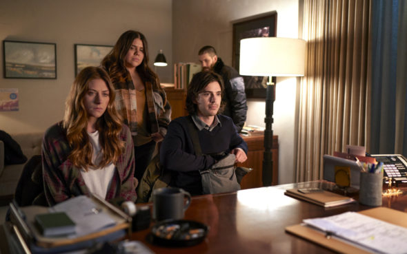 In the Dark TV show on The CW: canceled or renewed?