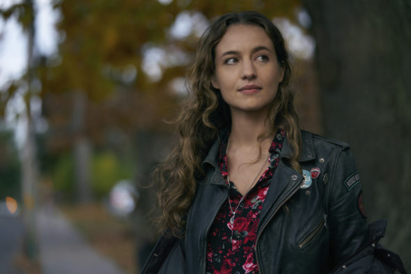 The Republic of Sarah TV show on The CW: canceled or renewed