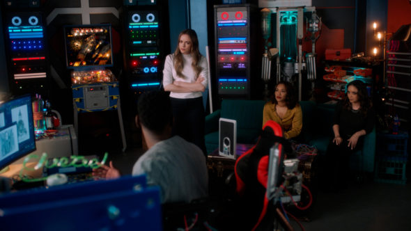 The Flash TV show on The CW: (canceled or renewed?)