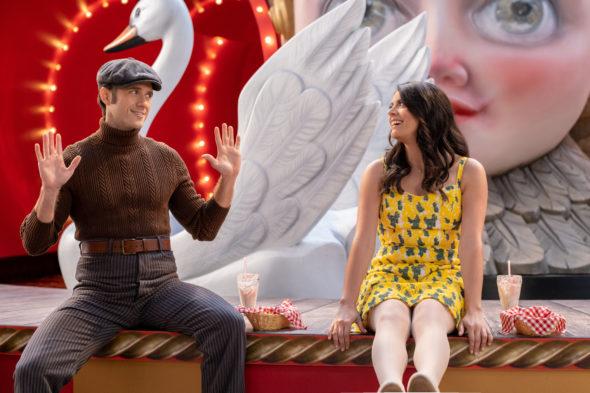 Schmigadoon! TV show on Apple TV : canceled or renewed for season 2?