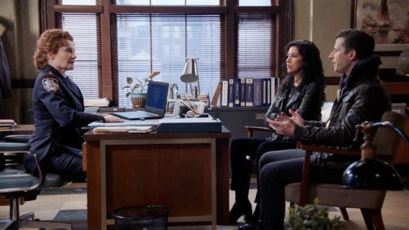 Brooklyn Nine-Nine TV Show on NBC: canceled or renewed?