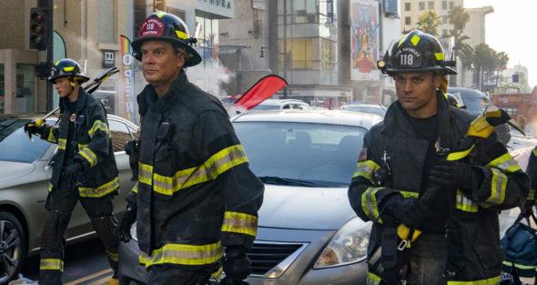 9-1-1 TV show on FOX: canceled or renewed for season 6?