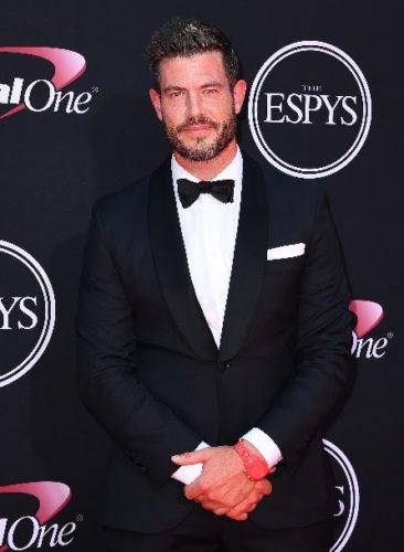 The Bachelor TV show on ABC: season 26 renewal with Jesse Palmer as host