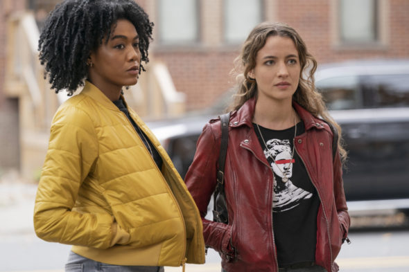 The Republic of Sarah TV show on The CW: canceled or renewed for season 2?